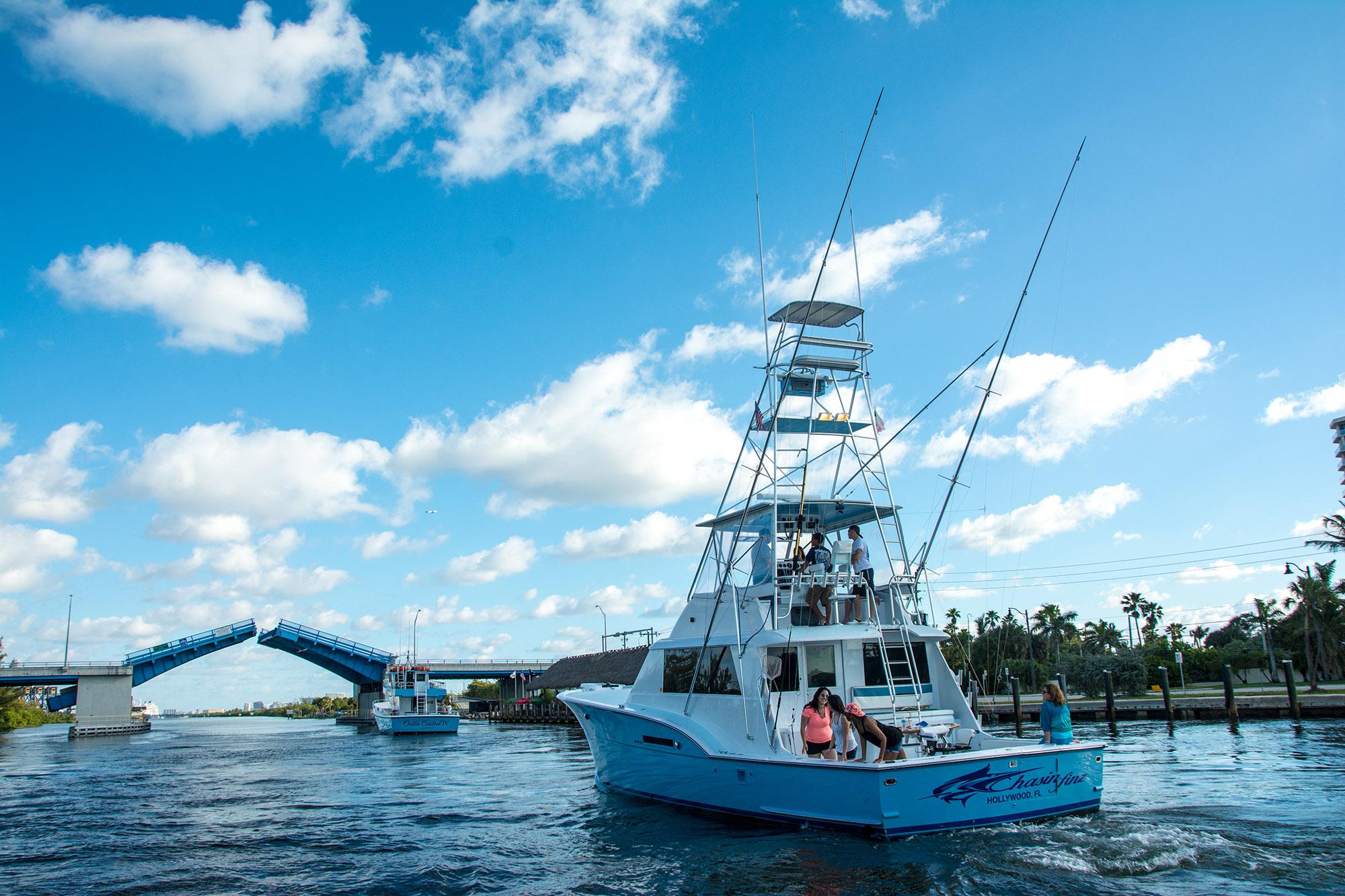 Deep sea fishing charter hollywood fl chasin finz for Florida deep sea fishing